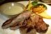Ternera con cabrales en restaurante Cachivache Madrid