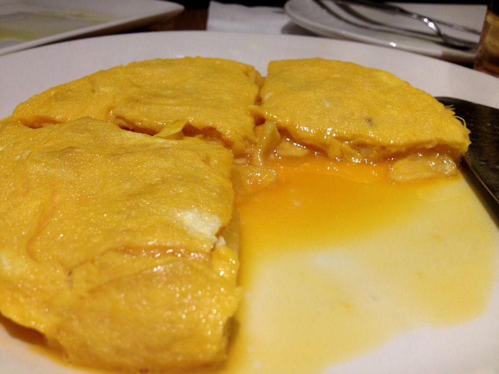 Tortilla de patata de Betanzos en Taberna Pedraza